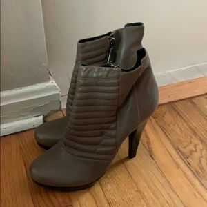 7 for all Mankind gray ankle booties 10M NWOB